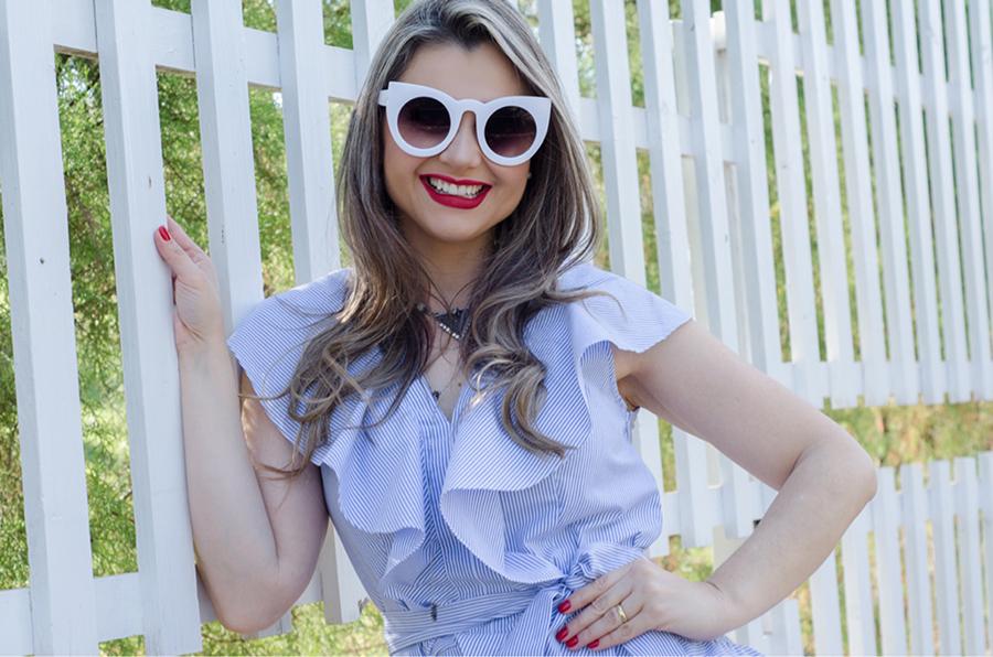 vestido listrado oculos gatinho